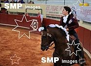 Elisa Santos - Cavaleiros Amadores
